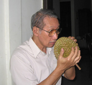 Mencium Harum Durian Juga Ada Manfaatnya Lohhh