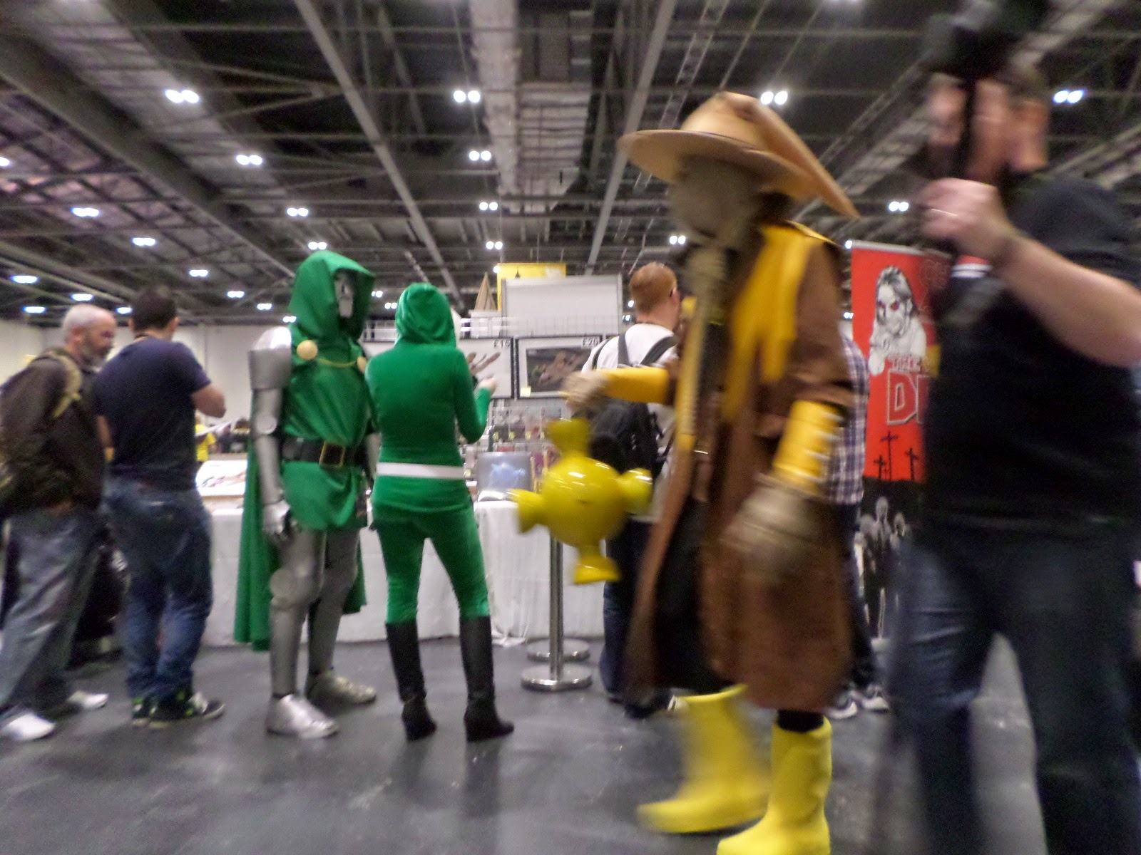 Dr Doom and Yellow Lantern Scarecrow Cosplay LSCC 2015