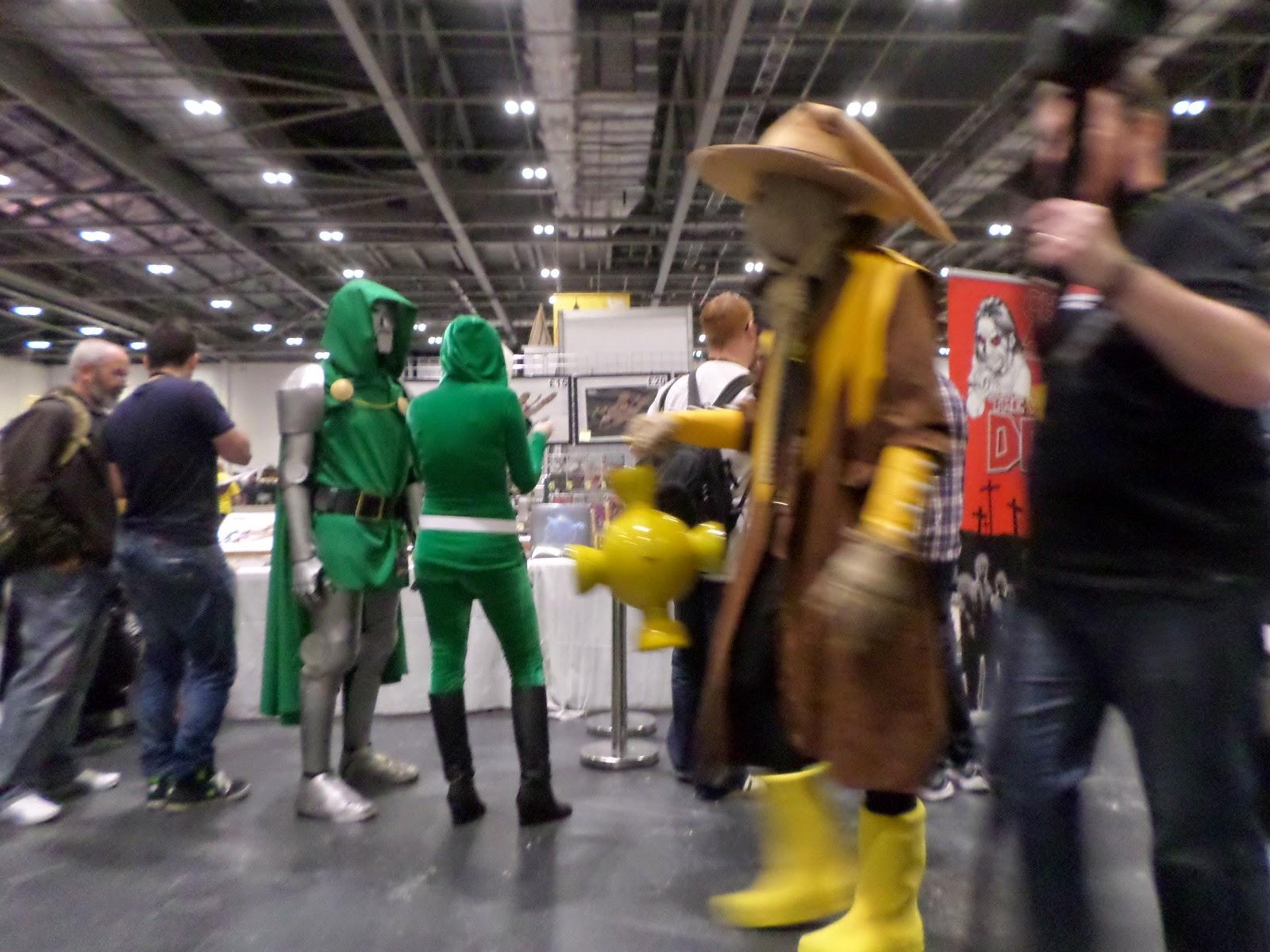 Dr Doom and Yellow Lantern Scarecrow Cosplay LSCC 2015