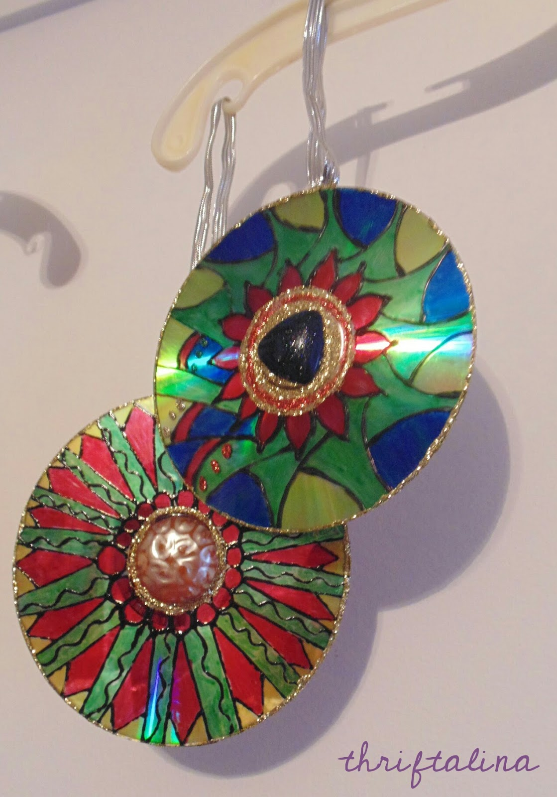 Upcycled CD Ornaments Easy DIY Craft Project These