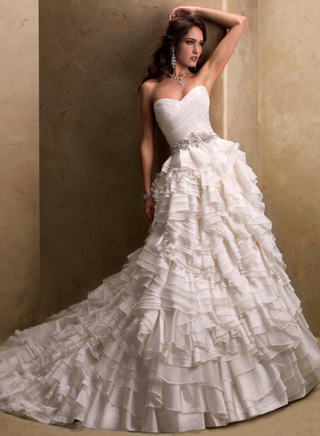 فساتين زفاف حصرية عالمية 2014