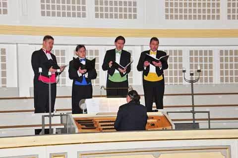 """Weihnachtliche Musik mit """"Fracksausen"""" - Bachkirche Arnstadt 2014"""