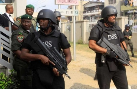 Gunmen Invade Warri Seven Prison Wardens Killed
