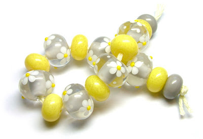 Lampwork glass beads