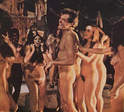 Samantha Eggar Nude