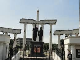 Tomb Heroes - Surabaya
