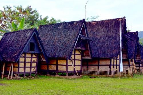 Wisata Ke Kampung Budaya Sindangbarang Bogo