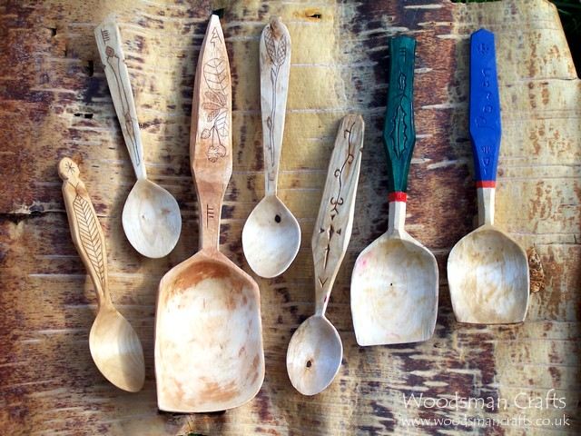 Woodsman crafts kolrosed and painted spoons
