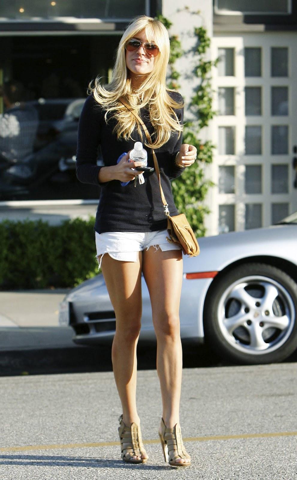 Las 9 prendas que debes dejar de llevar a los 30 - Página 2 Shorts-and-heels-kristin-cavallari1