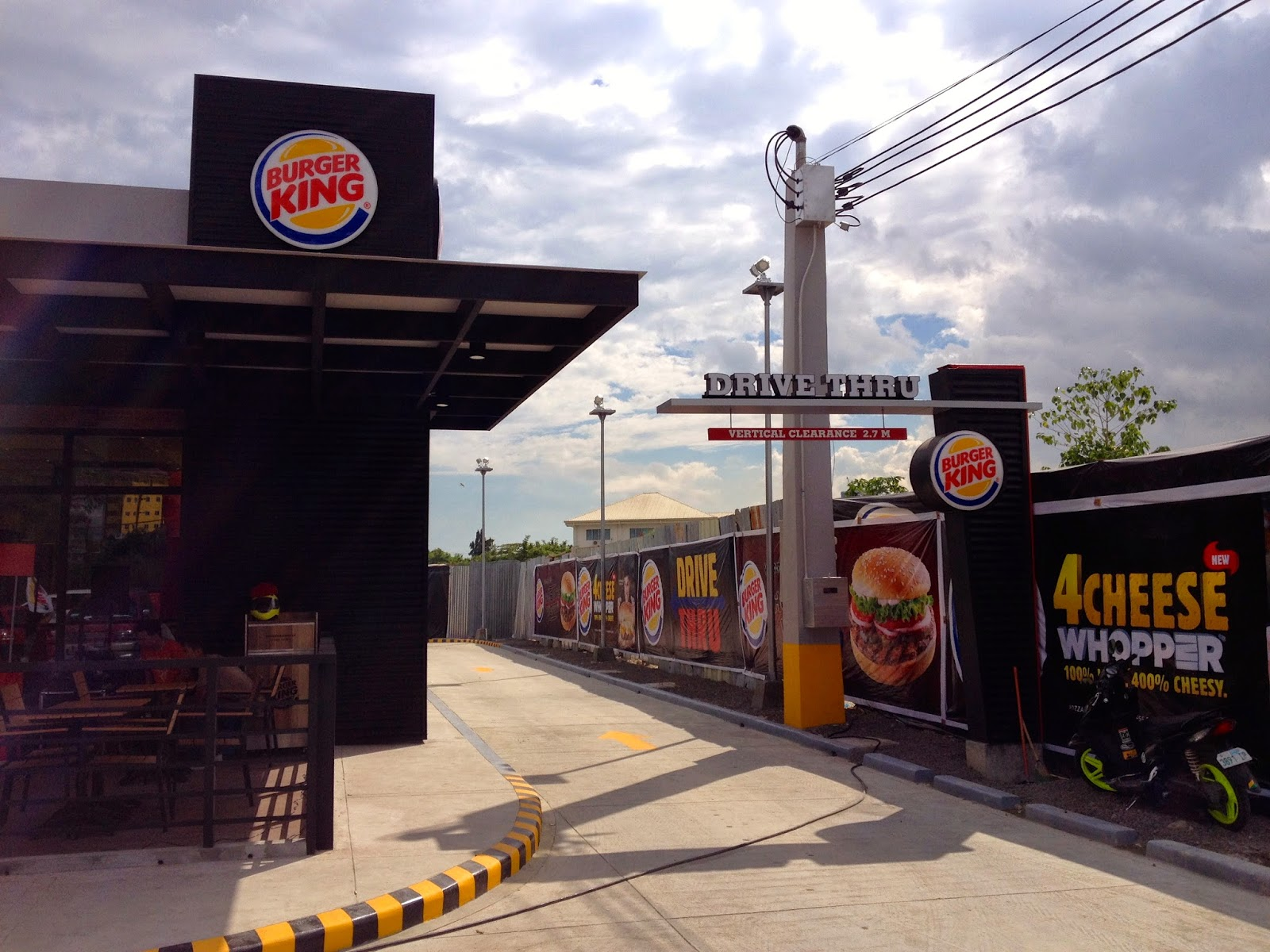 First Burger King Drive Through in Cebu