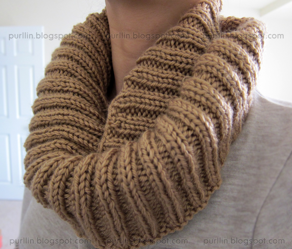 Circle Scarf Knitting Patterns : Purllin: Autumn Infinity Circle Scarf (free pattern)