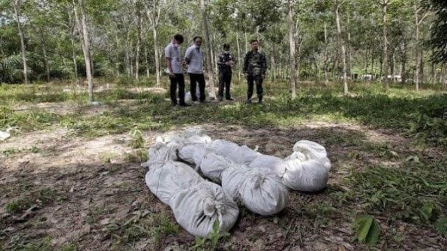 Polis menjumpai 37 mayat, Kesemua ditanam mengadap arah kiblat