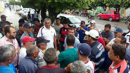 http://www.blogdofelipeandrade.com.br/2015/09/apos-reuniao-com-sinsepumg-prefeitura.html