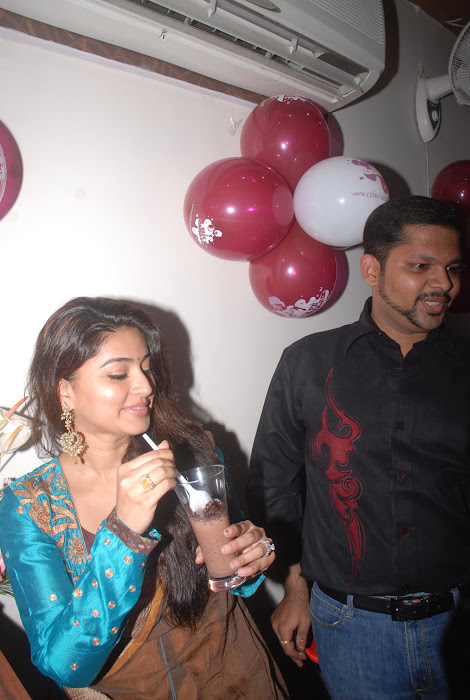 sneha new @ cafe chokolade launch photo gallery