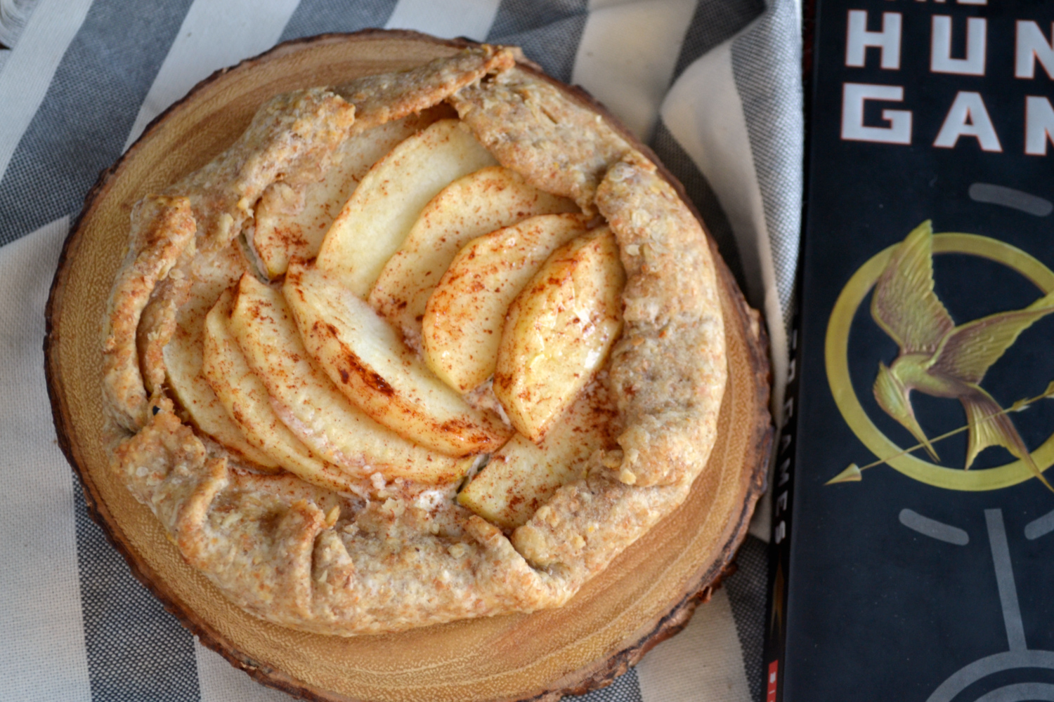 Test Kitchen: The Hunger Games: Apple and Goat Cheese Tart