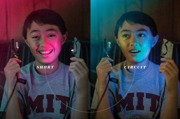 Quin Etnyrは電子機器関連キットを発売する13歳のCEO