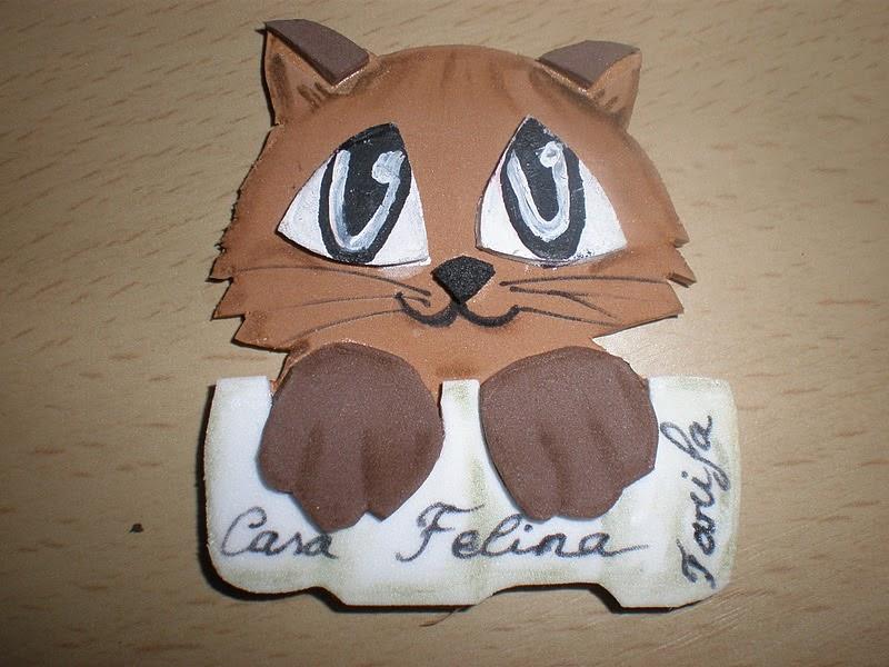Casa felina gatitos de goma eva para nuestra asociaci n - Casa de goma eva ...
