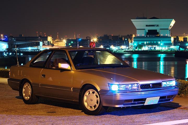 Nissan Leopard, japoński sportowy samochód, motoryzacja, jdm, zdjęcia, fotki, photos, tuning, nocna fotografia, samochody nocą, po zmroku, auto, GT, luksusowy