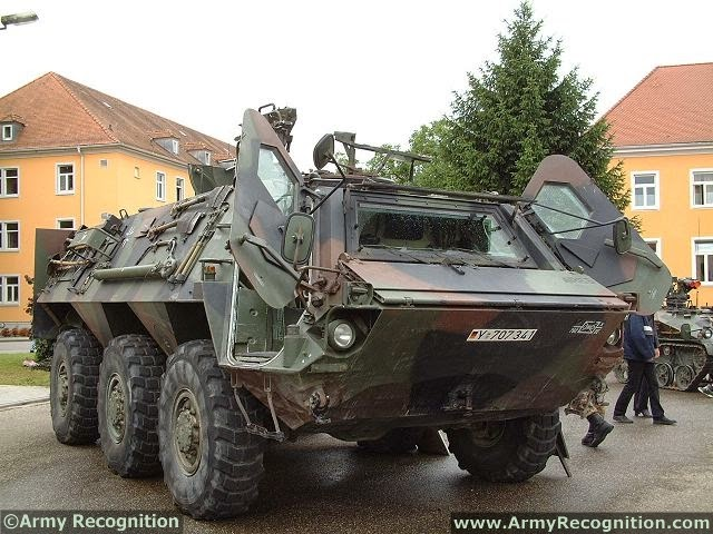 المانيا تعطي الضوء الاخضر لبناء مصنع لتجميع عربات فوكس Fuchs العسكريه في الجزائر  Fuchs_Tpz_1_6x6_wheeled_armoured_vehicle_personnel_carrier_Rheinmetall_Germany_German_army_640_002