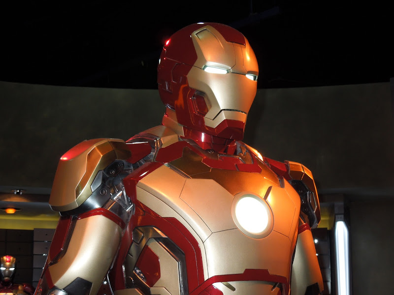 Iron Man 3 Mark 42 helmet