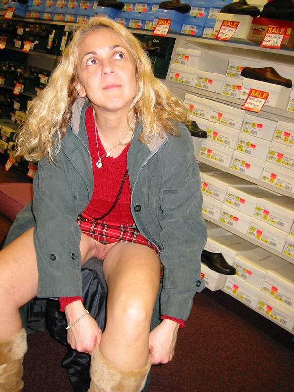 Pussy Upskirt Pantyless Shop Public