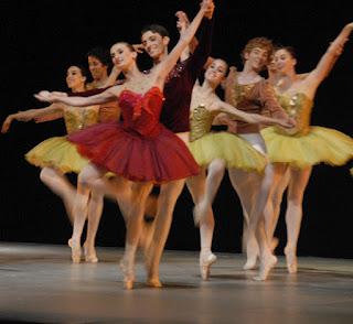 Concentración de bailarines en un pabellón de IFEMA