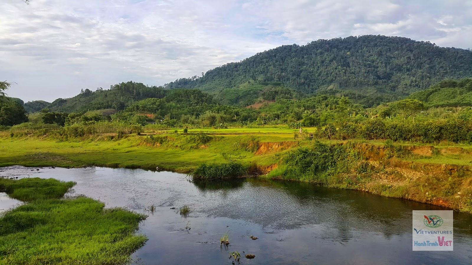 Du lịch công đồng thôn Aka1, Xã A Roàng