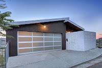 especial modelo de casa un piso con gran estacionamiento