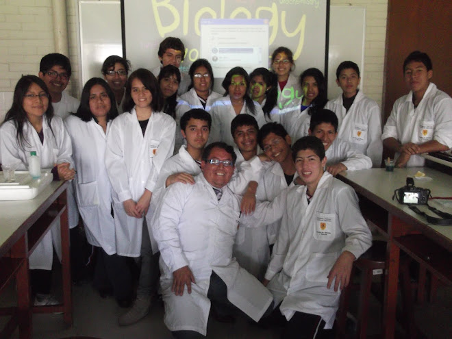 CAMPEONES NACIONALES VII OLIMPIADAS PERUANAS DE BIOLOGIA O.P.B. 2012
