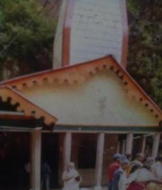Yamnotri Dham is holy place in Uttarakhand