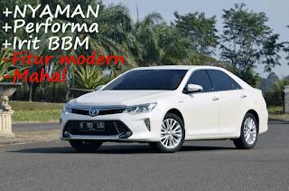 Toyota Camry Hybrid mempunyai tenaga semakin besar di banding Camry jenis G serta V