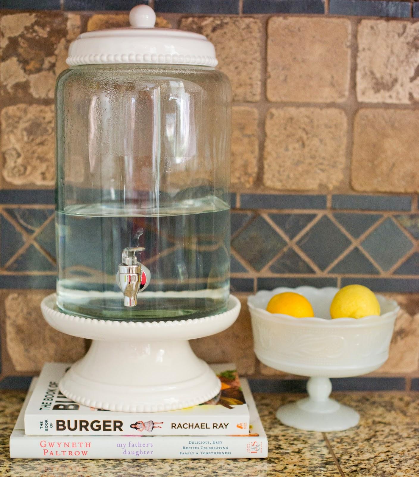 Kitchen Drinking Water Dispenser Station