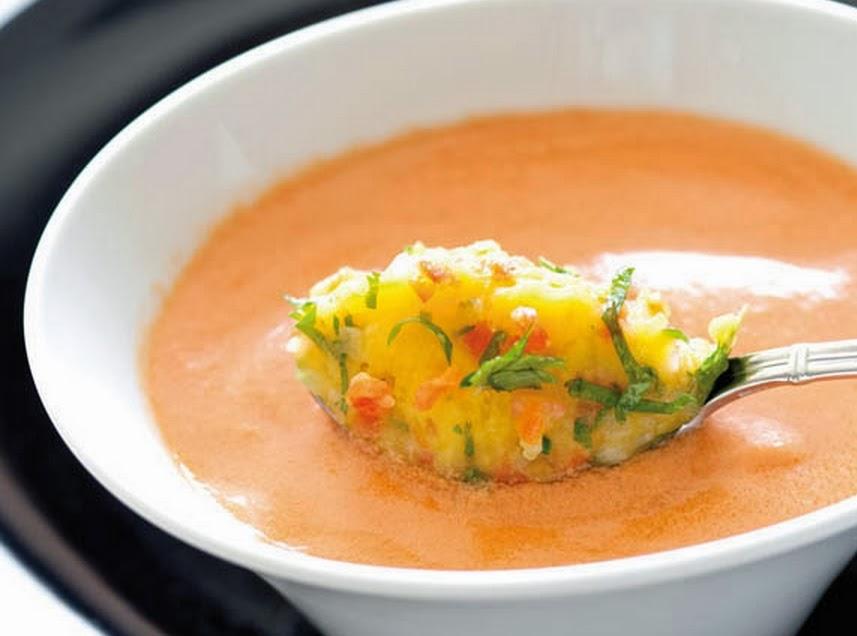 Sopa Fria de Tomate (vegana)