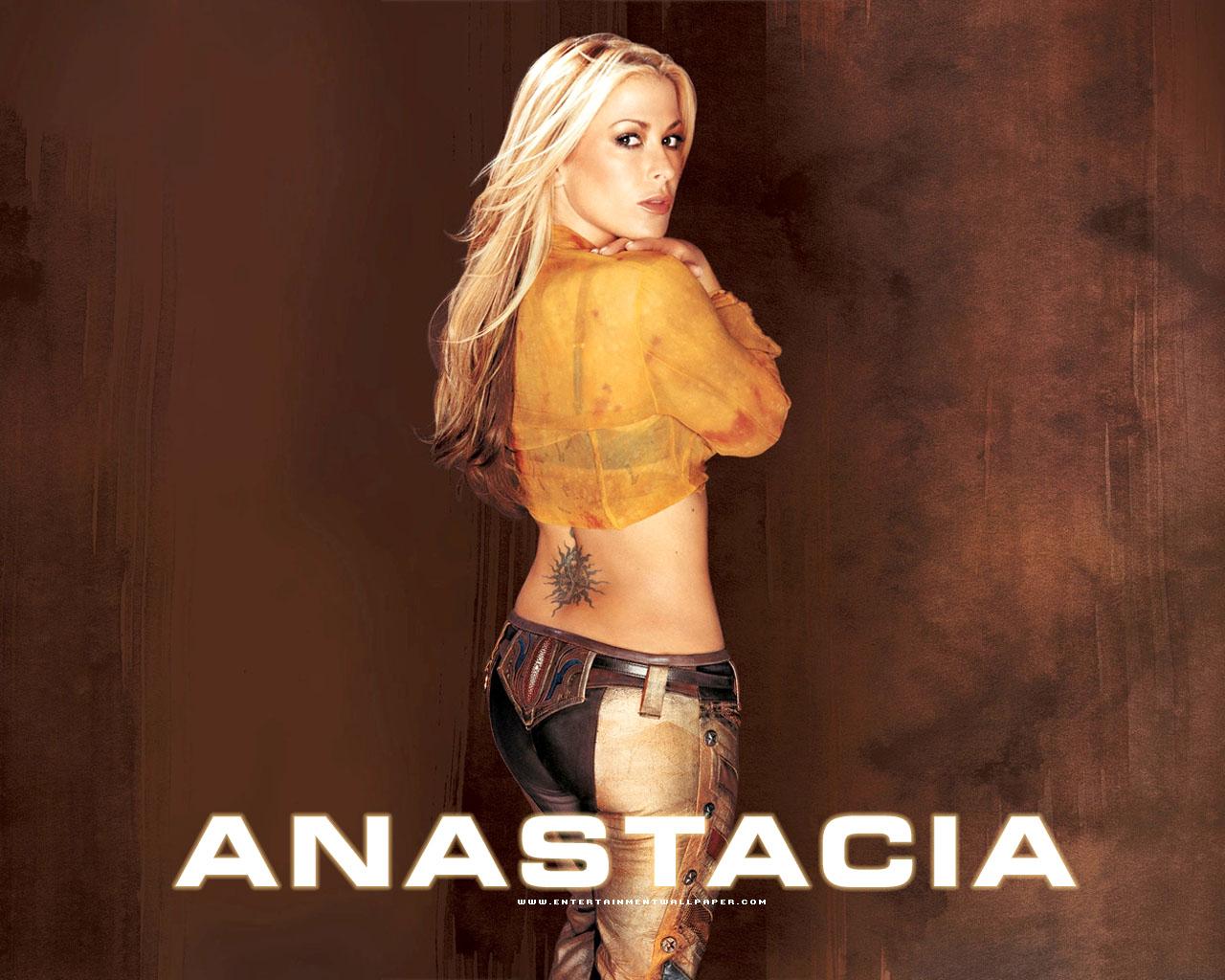 http://2.bp.blogspot.com/-ij_qmSTu9L0/UUEVt8652yI/AAAAAAAA24I/4eEmX1C6CCA/s1600/Anastacia-Wallpapers+-butt.jpg