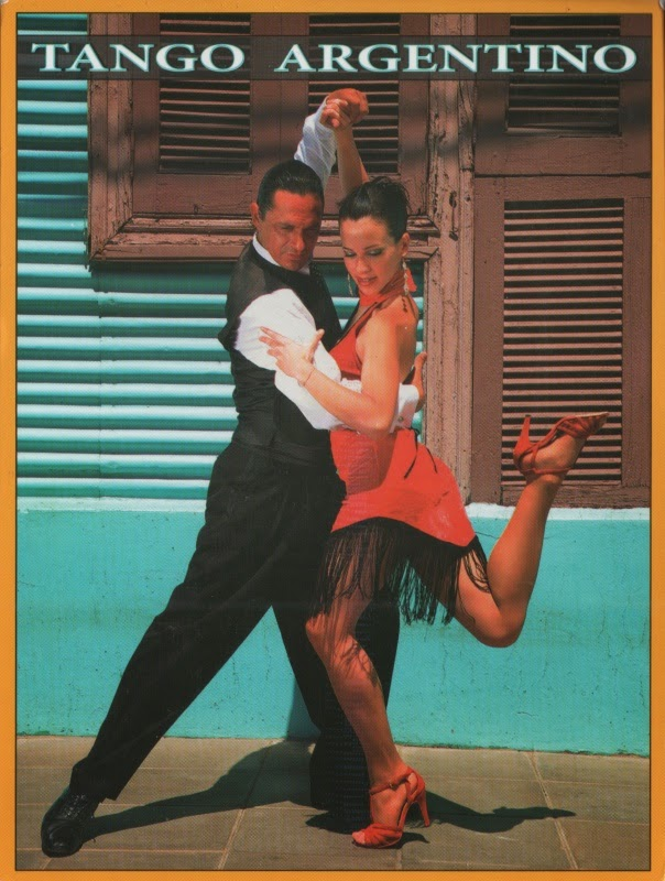 Argentine couple dancing the tango
