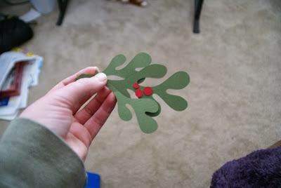 DIY Mistletoe Decor / Easy Christmas decorations & free printable