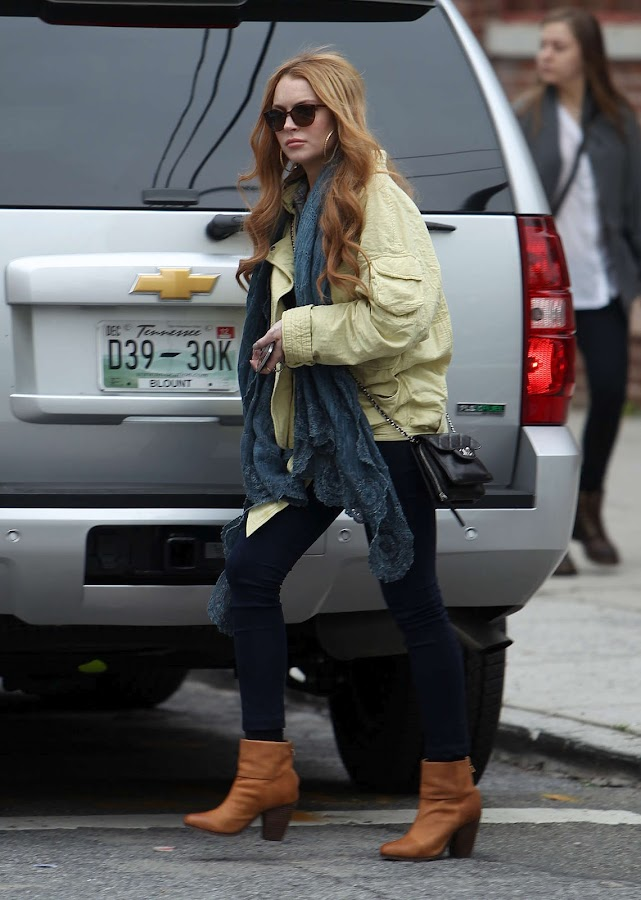 Lindsay Lohan on her way to a Vintage Shop in Brooklyn