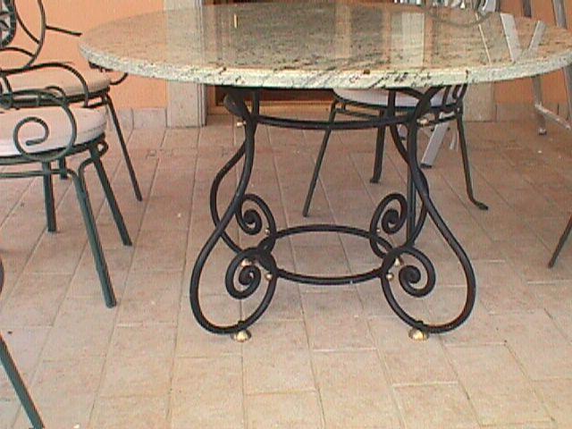 Decoraci n minimalista y contempor nea estilos de mesas - Mesa de jardin ...