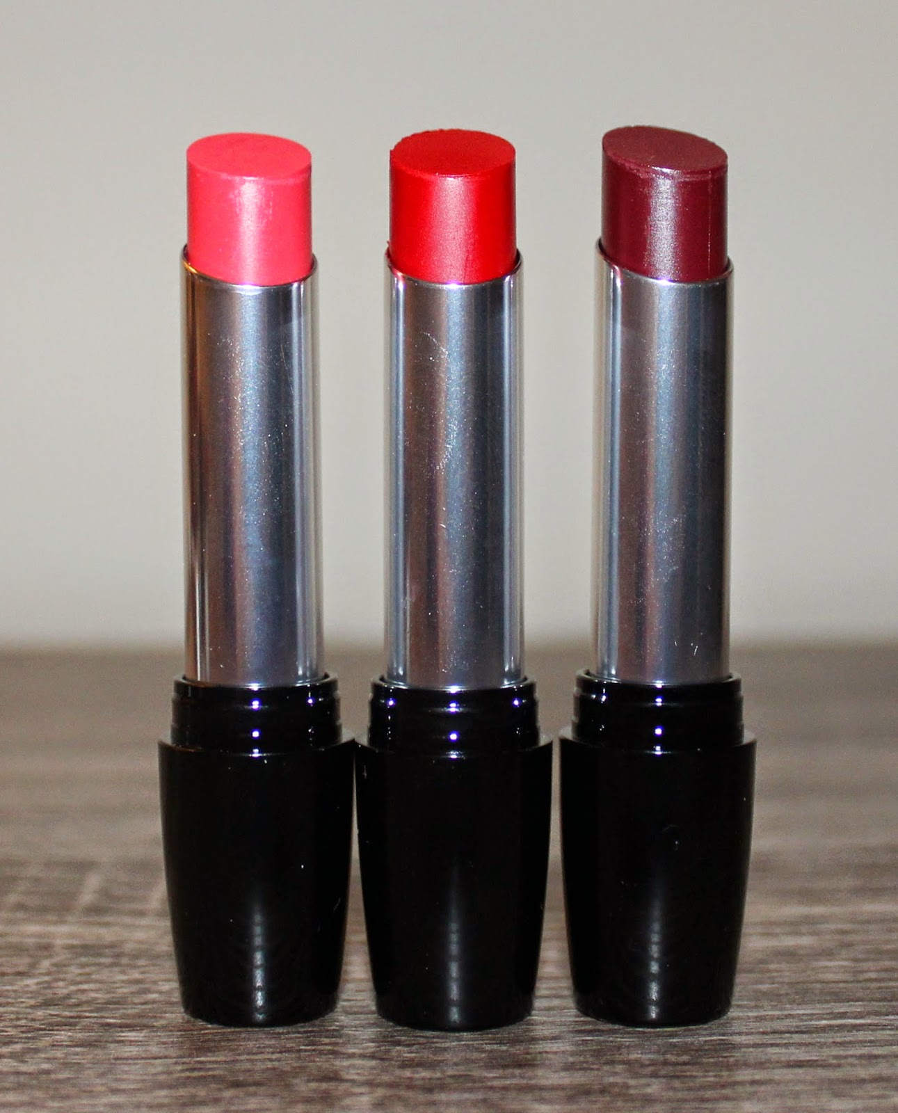 Avon Ultra Color Indulgence Lipstick