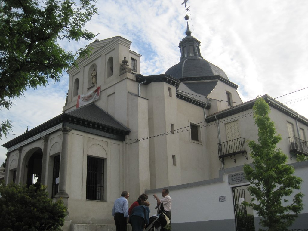 Viajando tranquilamente por espa a madrid ermita de san for Ministerio del interior san isidro