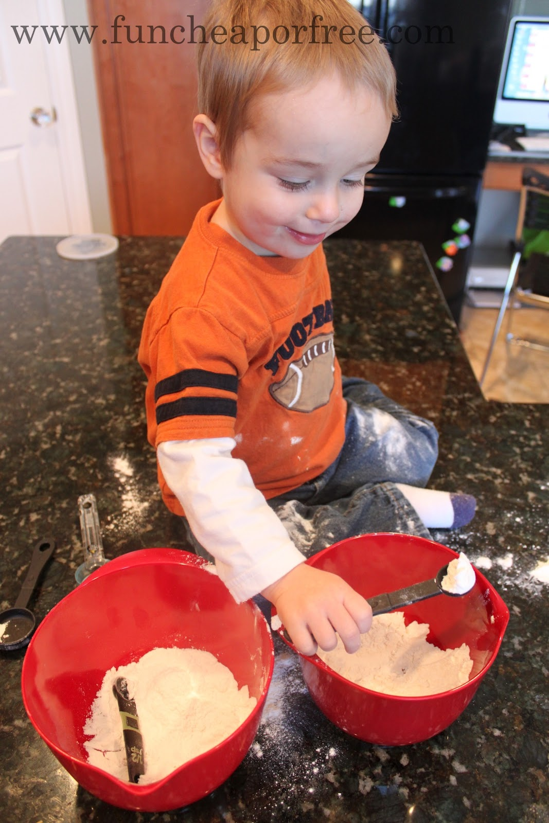 3 Ingredient Homemade Finger Paint Recipe