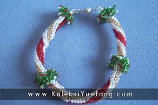 christmas_wreath_bracelet