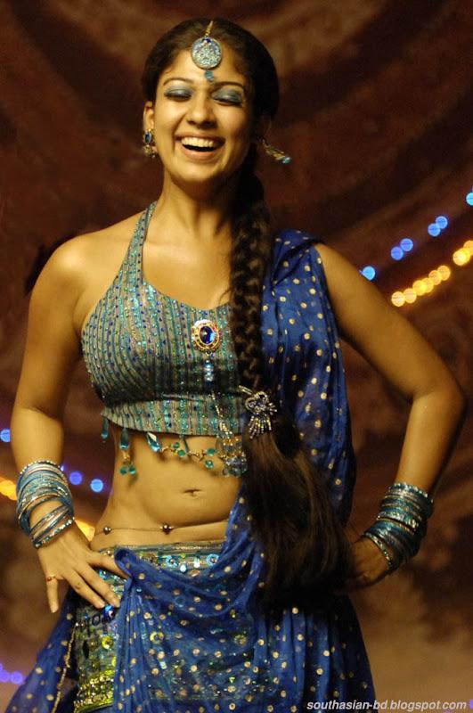 Nayantara In Super Kannada Movie Hot Navel Show Photos Pics wallpapers