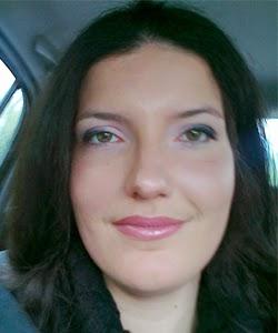 """Irene Grazzini è uno dei due autori che verranno pubblicati in """"I racconti del Purgatory Lounge""""."""