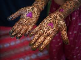 Mehndi Designs On The Hands Of Bridal Wallpapers Photos Pictures Pics Images 2013
