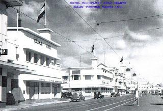 Paskibraka, Surabaya, hotel orange