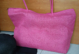 http://www.cndirect.com/new-fashion-women-casual-tote-straw-pure-color-shoulder-bag-single-deck-zipper-closure-big-casual-beach-handbag.html?utm_source=blog&utm_medium=banner&utm_campaign=lendy417