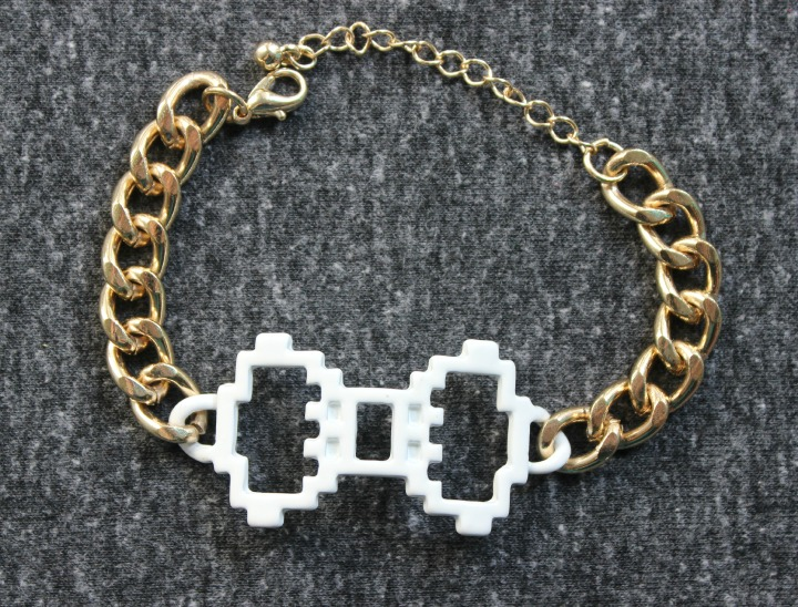 Digital Love Gold White Bow Bracelet Pixel Art 8-bit jewellry