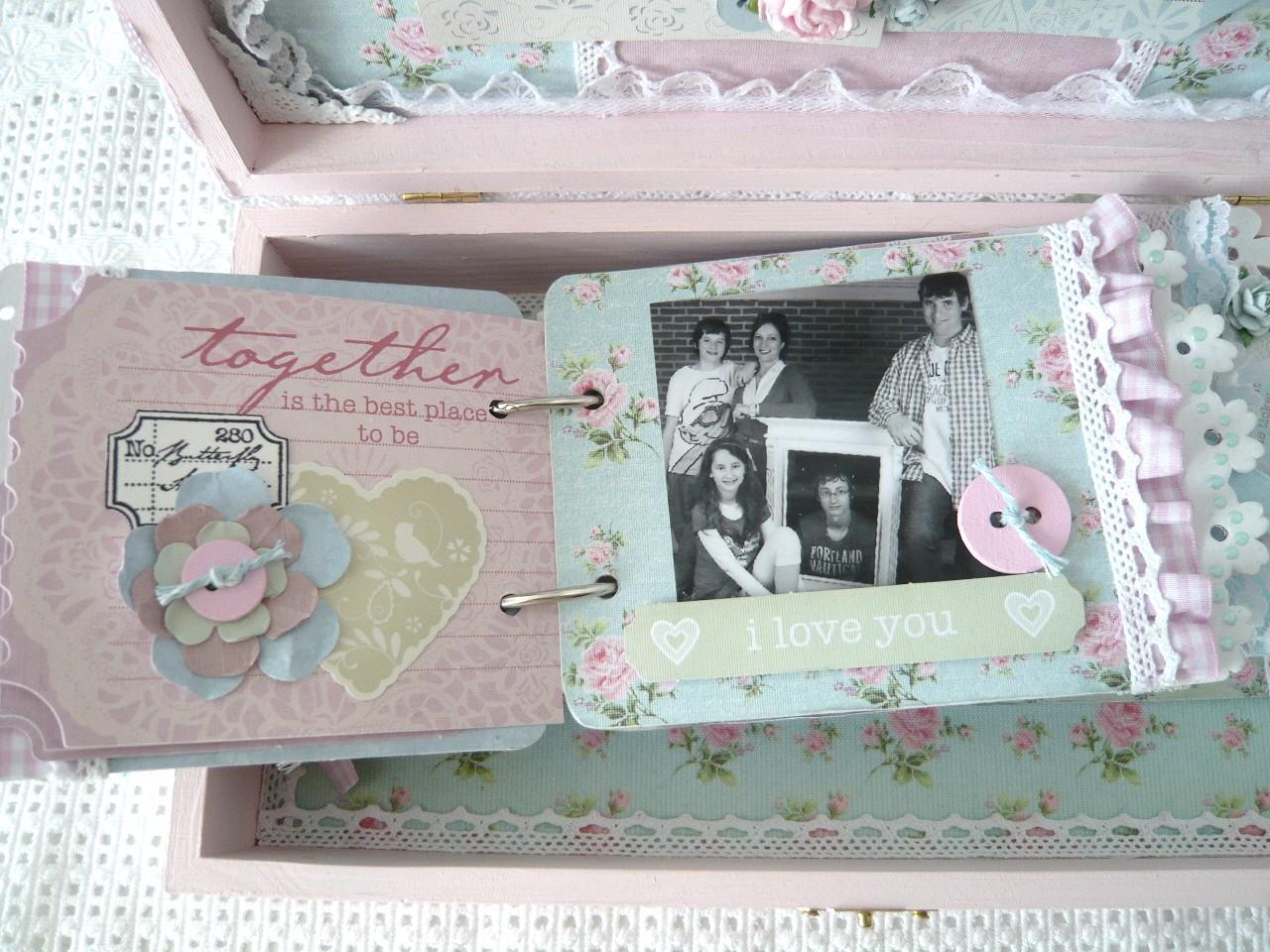 De heerlijke, lieve romantische stijl van het papier vraagt om lekker ...