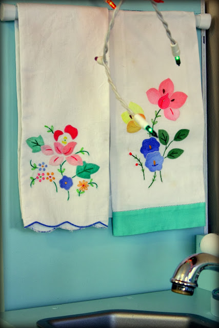 Play kitchen hand towels